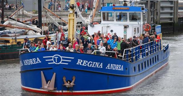 Partyboot Friesland - groepsarrangement-friesland_sas-foto-2-regina-andrea-2010-(large)-(small)
