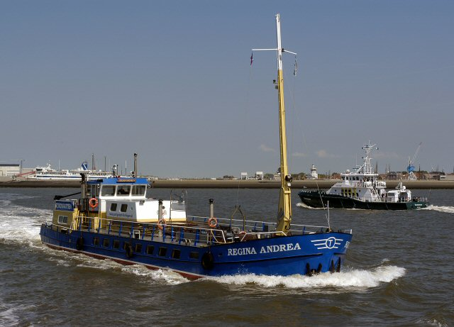 Tourist info Harlingen. - partyboot-harlingen_regina20andrea20waddenzee